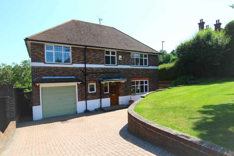 4 Bedrooms Detached House for sale in Ashburnham Road, Eastbourne, BN21 2HX