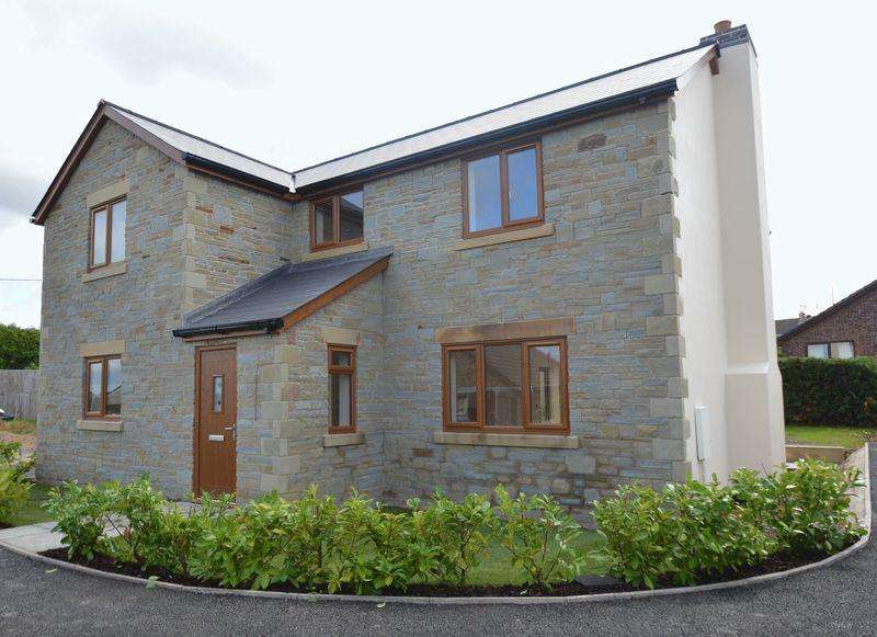4 Bedrooms Detached House for sale in Berry Hill, Coleford, Gloucestershire