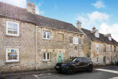 3 Bedrooms Terraced House for sale in Butt Street, Minchinhampton, Stroud, Gloucestershire