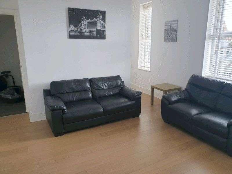 2 Bedrooms Property for rent in Lyndhurst Terrace, Sunderland