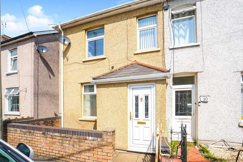 3 Bedrooms End Of Terrace House for sale in Trafalgar Street, Risca, Newport, NP11