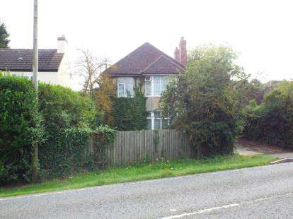3 Bedrooms Detached House for sale in Sandy Road, Willington, Bedford, Bedfordshire