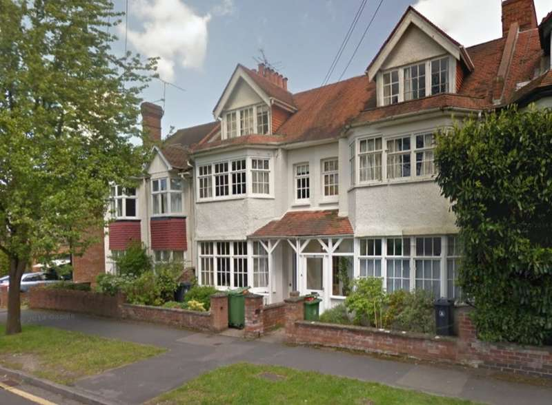 1 Bedroom Flat for rent in Grand Avenue, Camberley