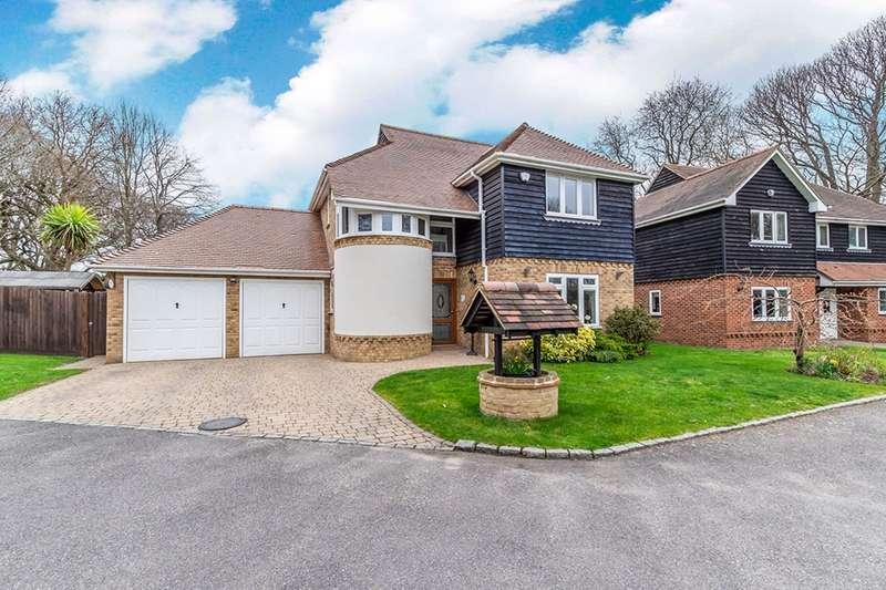 4 Bedrooms Detached House for sale in Glayton Gardens, Walderslade, Chatham, Kent, ME5