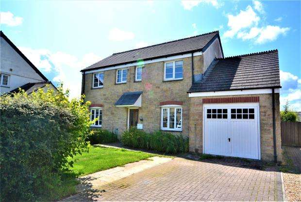 4 Bedrooms Detached House for sale in Horsewhim Drive, Kelly Bray, Callington, Cornwall