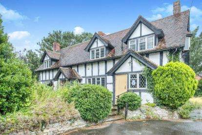 4 Bedrooms Detached House for sale in Church Lane, Pinvin, Near Pershore, Worcestershire