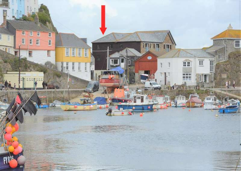 3 Bedrooms End Of Terrace House for sale in Mevagissey, Cornwall, PL26