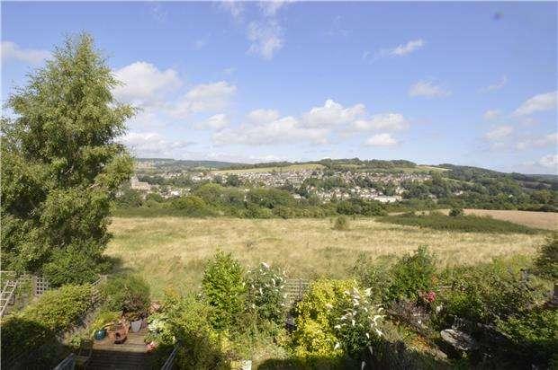 3 Bedrooms Terraced House for sale in All Saints Fields, Summer Street, Stroud, Gloucestershire, GL5 1NE