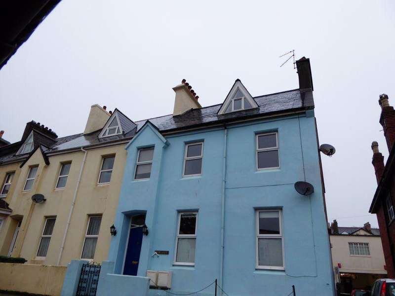 4 Bedrooms Maisonette Flat for rent in New Street, Paignton