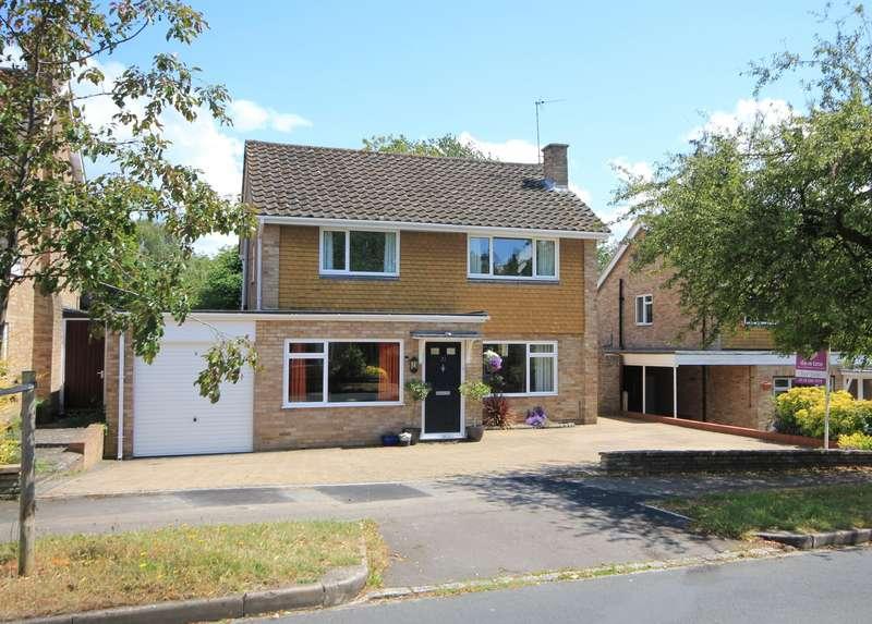 4 Bedrooms Detached House for sale in Tredegar Road, Emmer Green, Reading, RG4