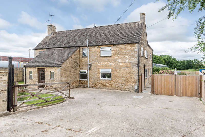 6 Bedrooms Detached House for sale in Hornbury Hill, Minety