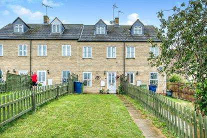 3 Bedrooms Terraced House for sale in Nursery Cottages, Back Lane, Winchcombe, Cheltenham