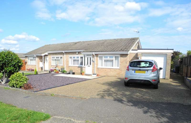 2 Bedrooms Semi Detached Bungalow for sale in Dukes Drive, Halesworth
