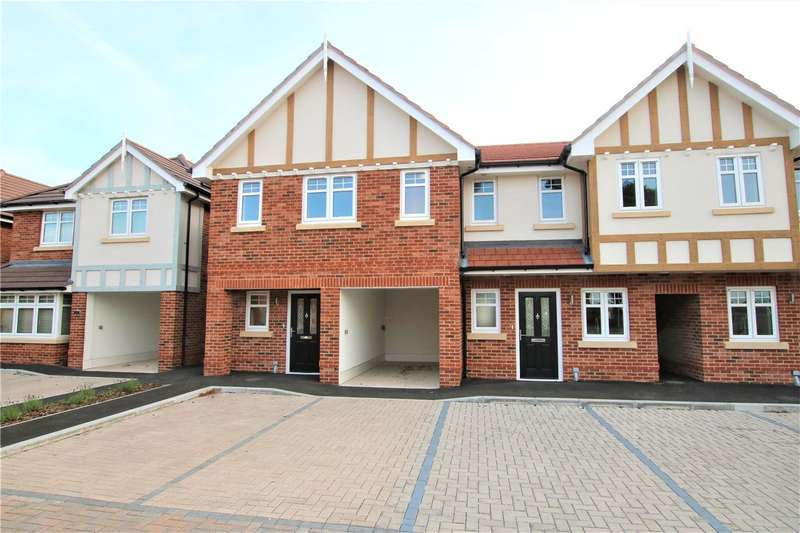 3 Bedrooms Semi Detached House for sale in Westminster Mews, Bath Road, Padworth, Reading, RG7