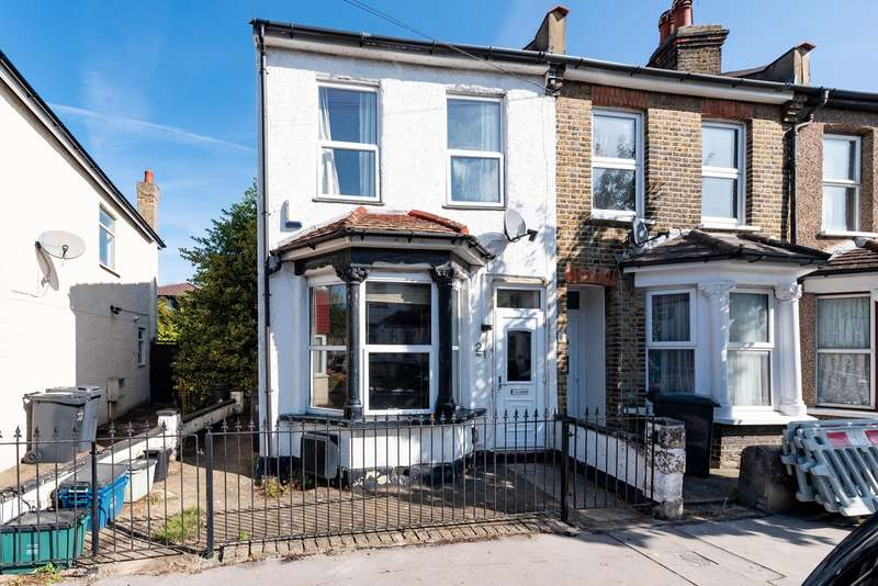 3 Bedrooms End Of Terrace House for sale in Leslie Grove, Croydon, CR0