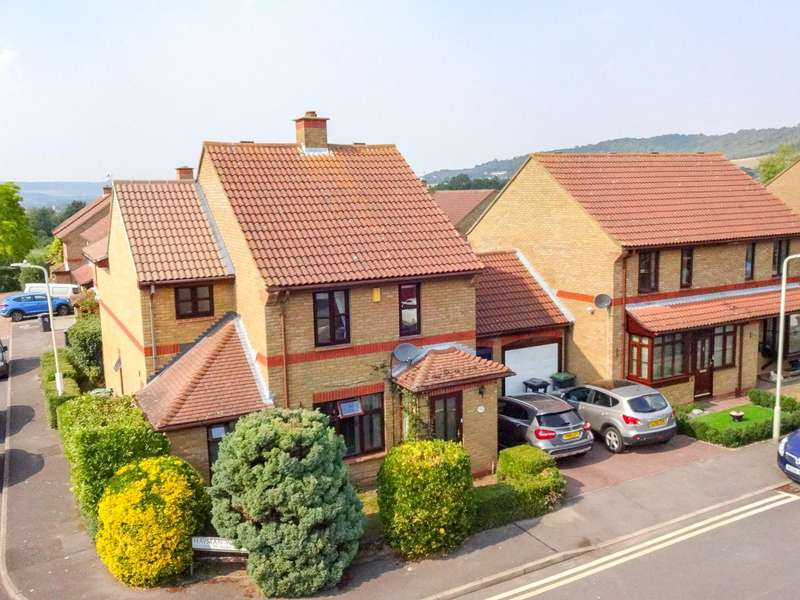 4 Bedrooms Detached House for sale in Hayman Walk, Eccles