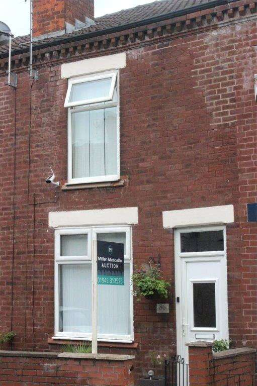 3 Bedrooms Terraced House for sale in Chapel Green Road, Hindley, Wigan, WN2