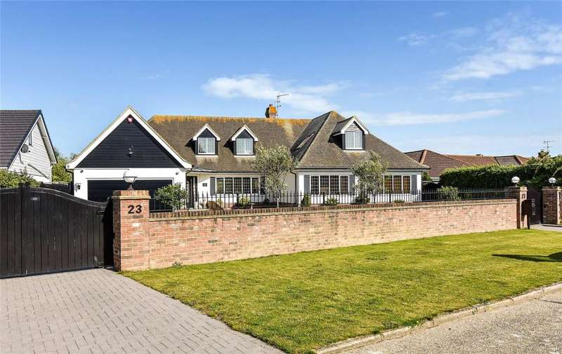 5 Bedrooms Detached House for sale in Selborne Way, East Preston, West Sussex, BN16