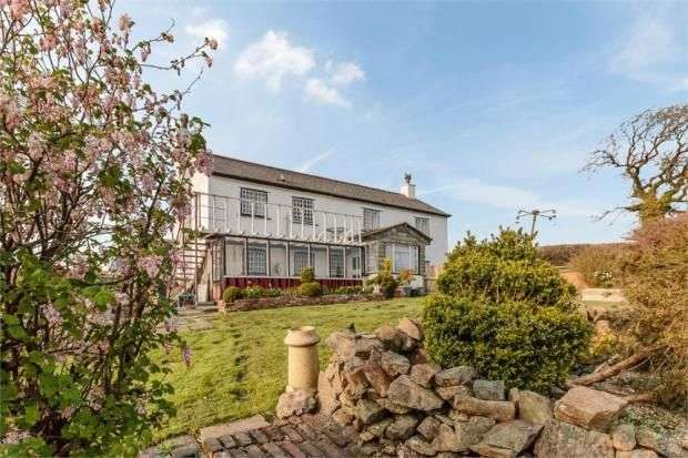 3 Bedrooms Detached House for sale in Hollacombe