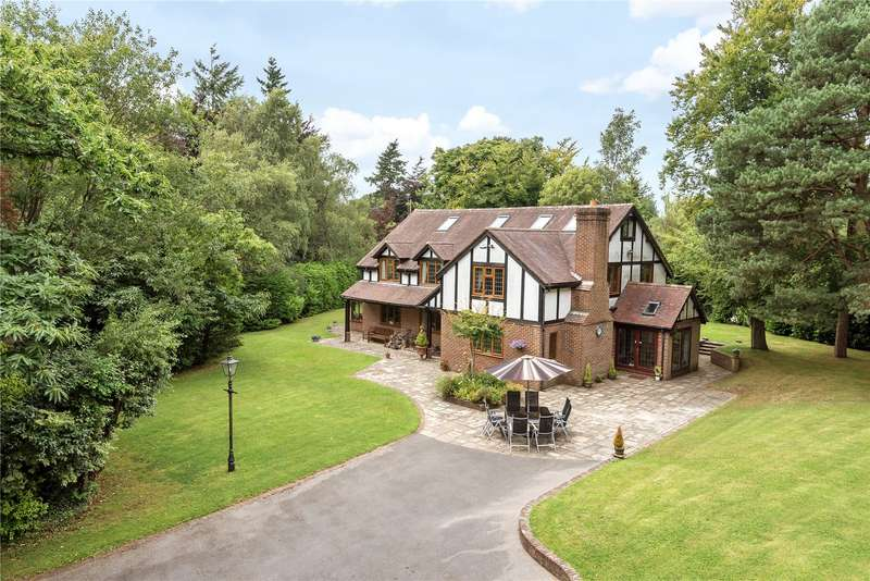 7 Bedrooms Detached House for sale in Chillies Lane, Crowborough