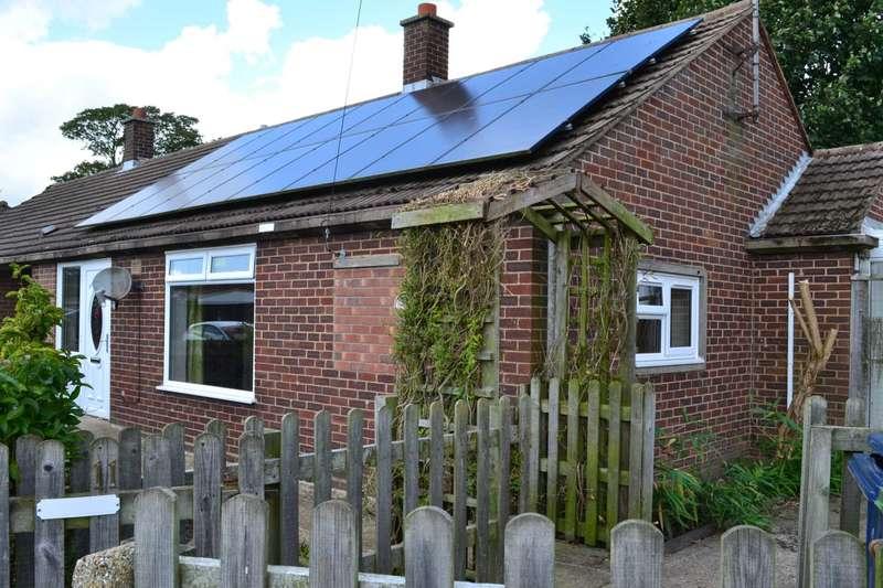 1 Bedroom Semi Detached Bungalow for sale in Field Avenue, Tydd St Giles, Wisbech PE13