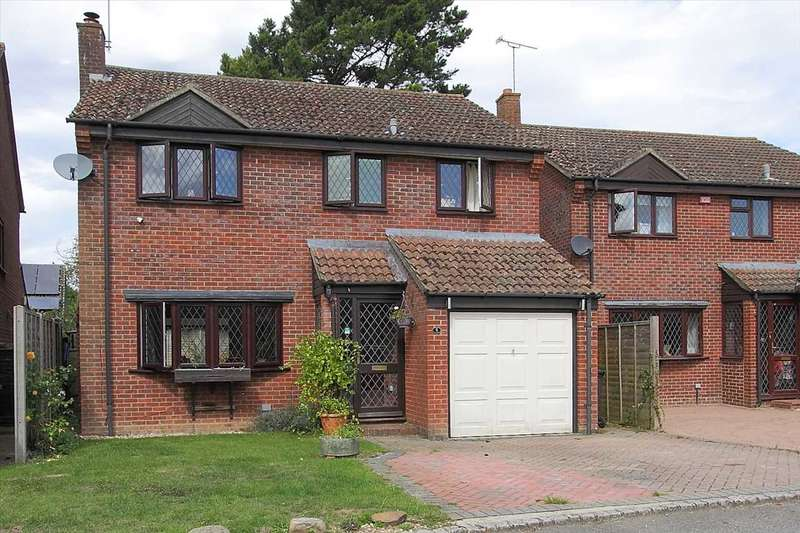 4 Bedrooms Detached House for sale in Meadow View, Whitchurch