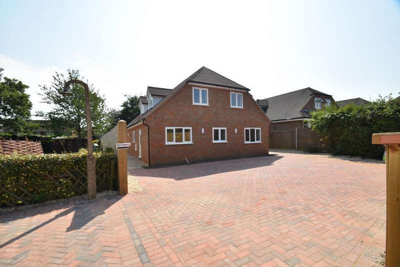 4 Bedrooms Chalet House for sale in Berkeley Avenue, Chesham, HP5