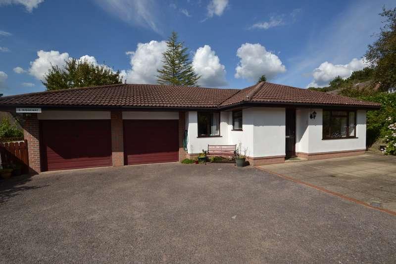 3 Bedrooms Bungalow for sale in Broadstone