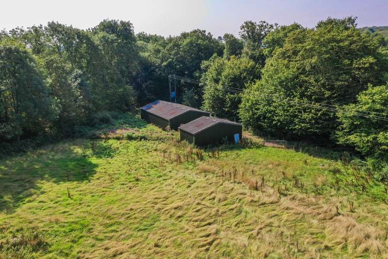 Land Commercial for sale in 11 Acres Of Land - Hertford Road