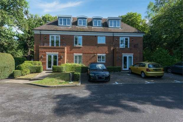 2 Bedrooms Flat for sale in London Road, Sunningdale, Ascot, Berkshire