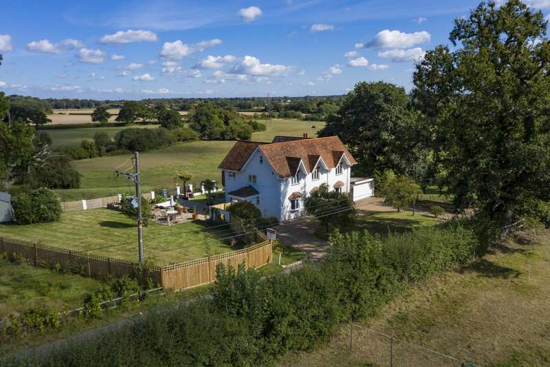 4 Bedrooms Detached House for sale in Pointers Road, Cobham, KT11