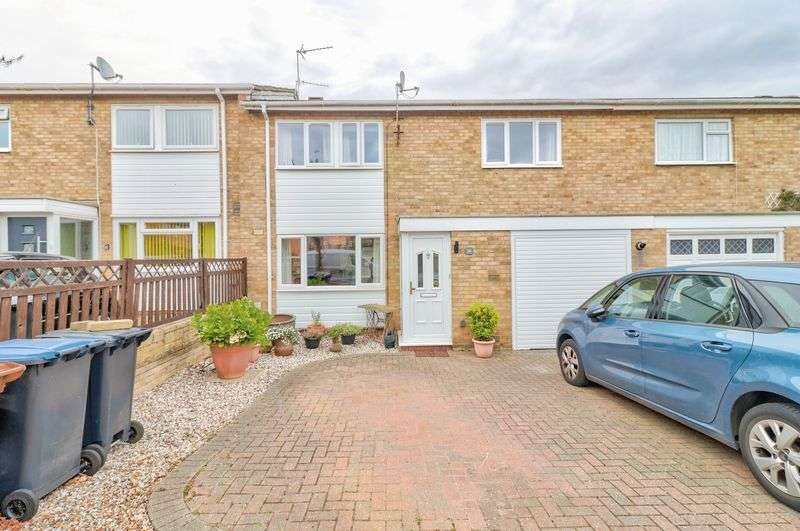 4 Bedrooms Property for sale in Hazel Grove, Welwyn Garden City