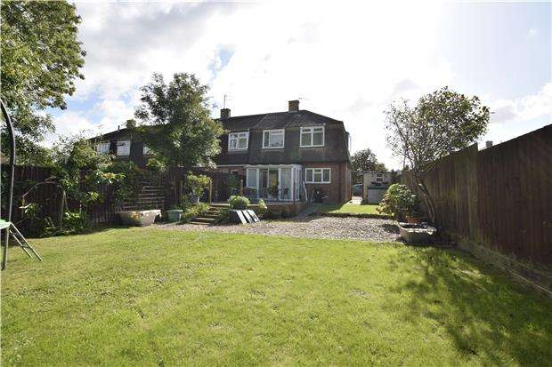 3 Bedrooms Semi Detached House for sale in Coronation Road, Warmley, BS30 8EX