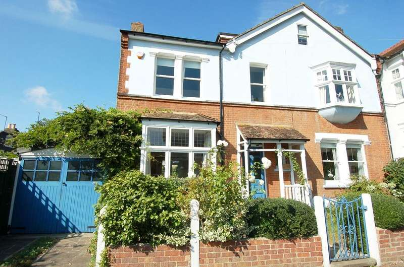 5 Bedrooms Semi Detached House for sale in HAMPTON