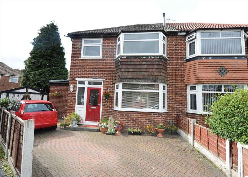 3 Bedrooms Semi Detached House for sale in 8 Hargate Drive, Irlam M44 6JQ