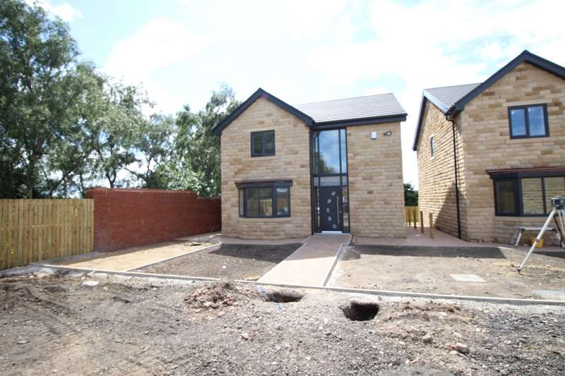 3 Bedrooms Detached House for sale in Strafford Grove, Birdwell, Barnsley, South Yorkshire, S70