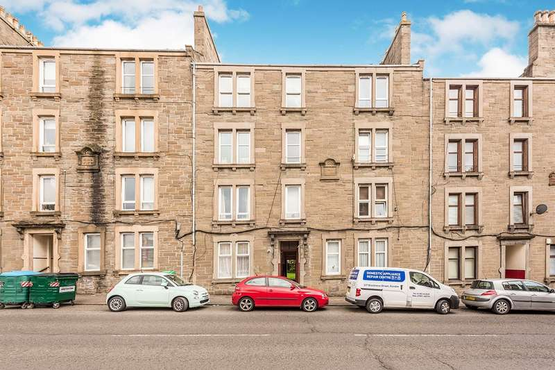 3 Bedrooms Flat for sale in Strathmartine Road, DD3