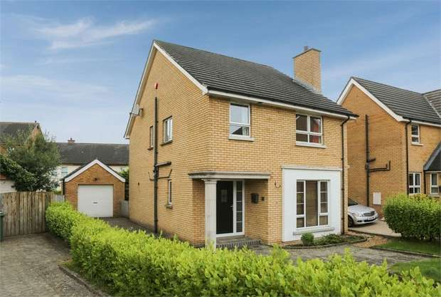 4 Bedrooms Detached House for sale in Hanover Chase, Bangor, County Down
