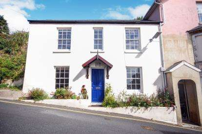 2 Bedrooms Semi Detached House for sale in Ventnor, Isle of Wight