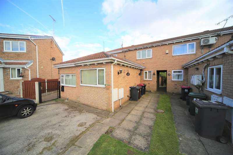 2 Bedrooms Town House for sale in Frobisher Grove, Maltby, Rotherham