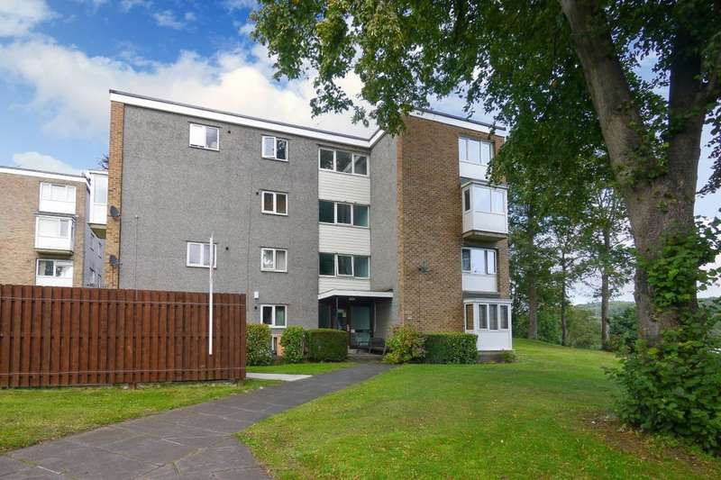 3 Bedrooms Flat for rent in Hoyle Court Road, Baildon, Shipley, BD17