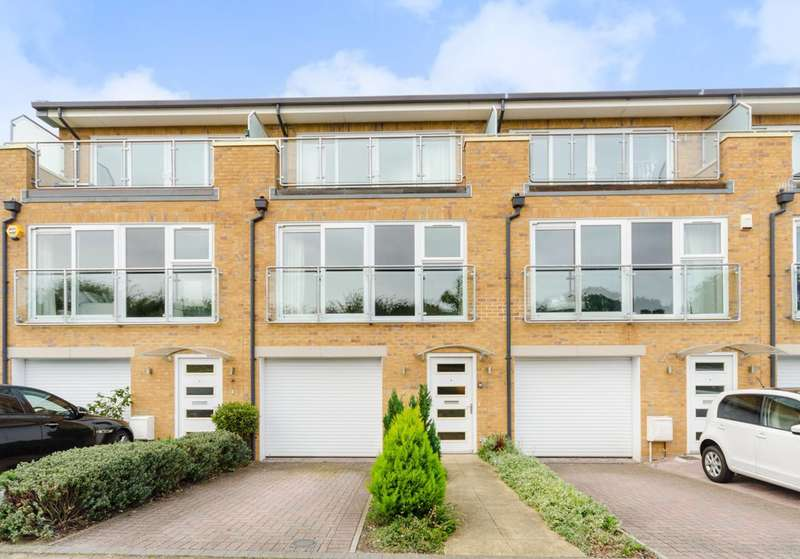4 Bedrooms House for sale in Barn Elms Close, Worcester Park, KT4