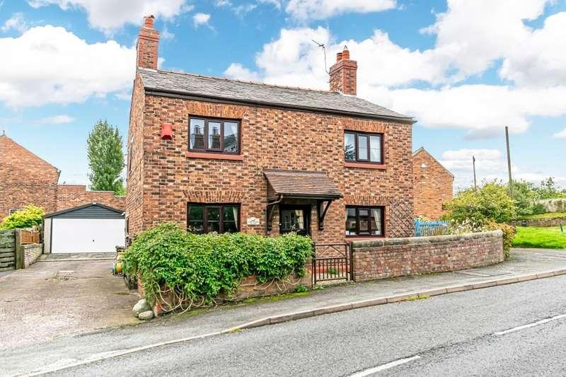 3 Bedrooms Detached House for sale in The Cross, Kingsley, Frodsham, WA6