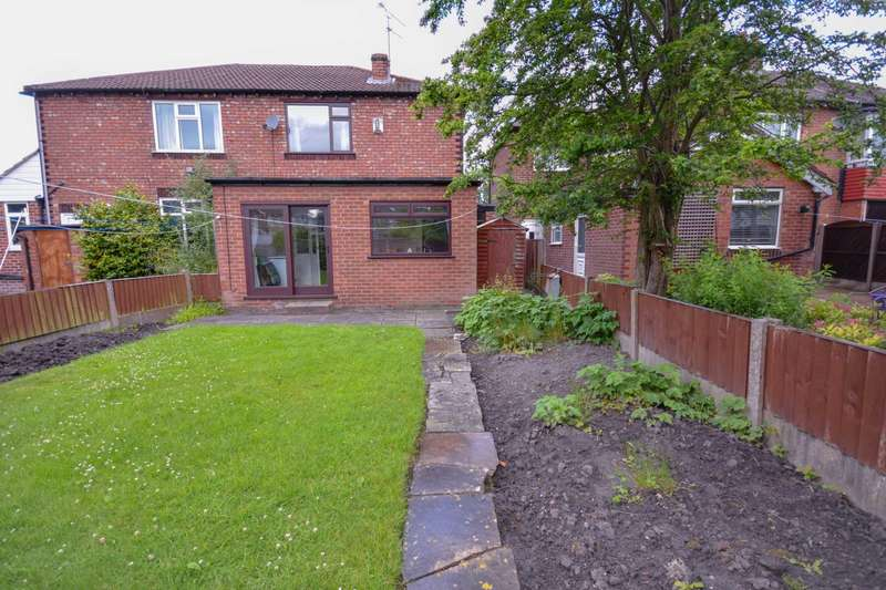 3 Bedrooms Semi Detached House for sale in BRAMHALL MOOR LANE, HAZEL GROVE