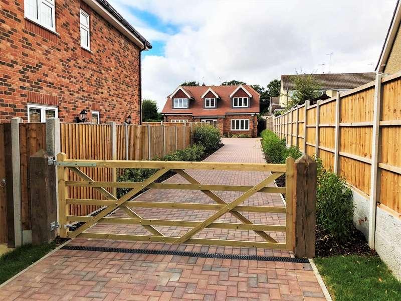 4 Bedrooms Detached House for sale in Grange Road, Billericay