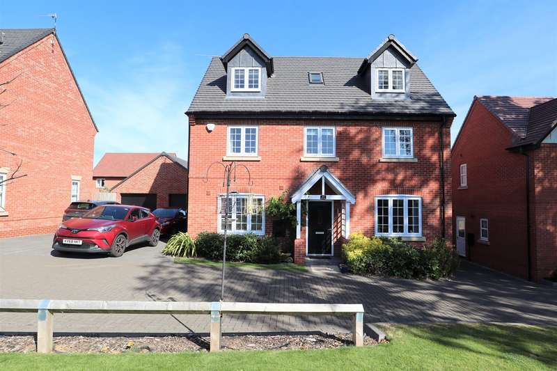 4 Bedrooms Detached House for sale in Quincy Close, Bramcote Manor, Nuneaton, CV11