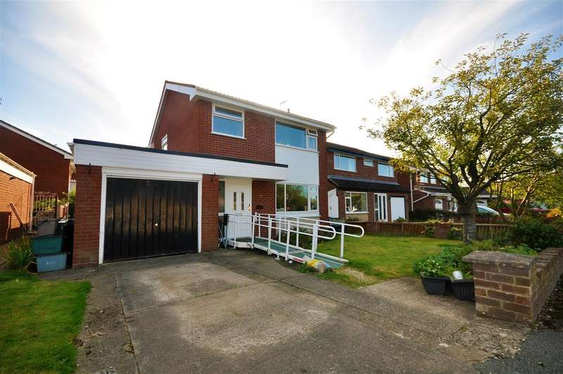 3 Bedrooms Detached House for sale in Rosewood Grove, Saughall, Chester