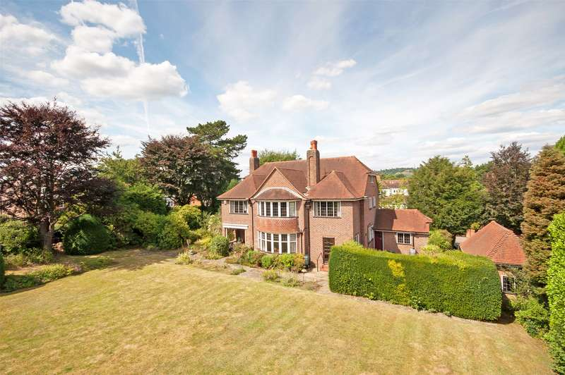 4 Bedrooms Detached House for sale in Blanford Road, Reigate, Surrey, RH2