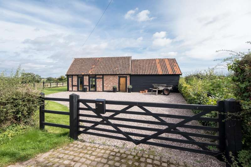 2 Bedrooms House for sale in 2 bedroom Barn Conversion Detached in Cholmondeley