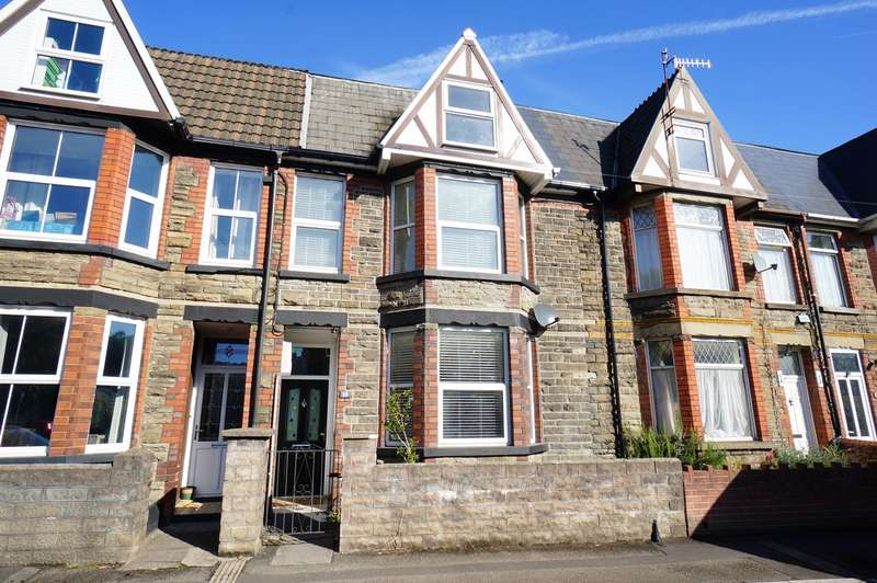 4 Bedrooms Town House for sale in Danygraig Road, Risca, Newport, NP11